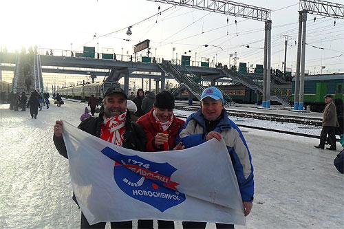 В Новосибе нас встречал Анатолий